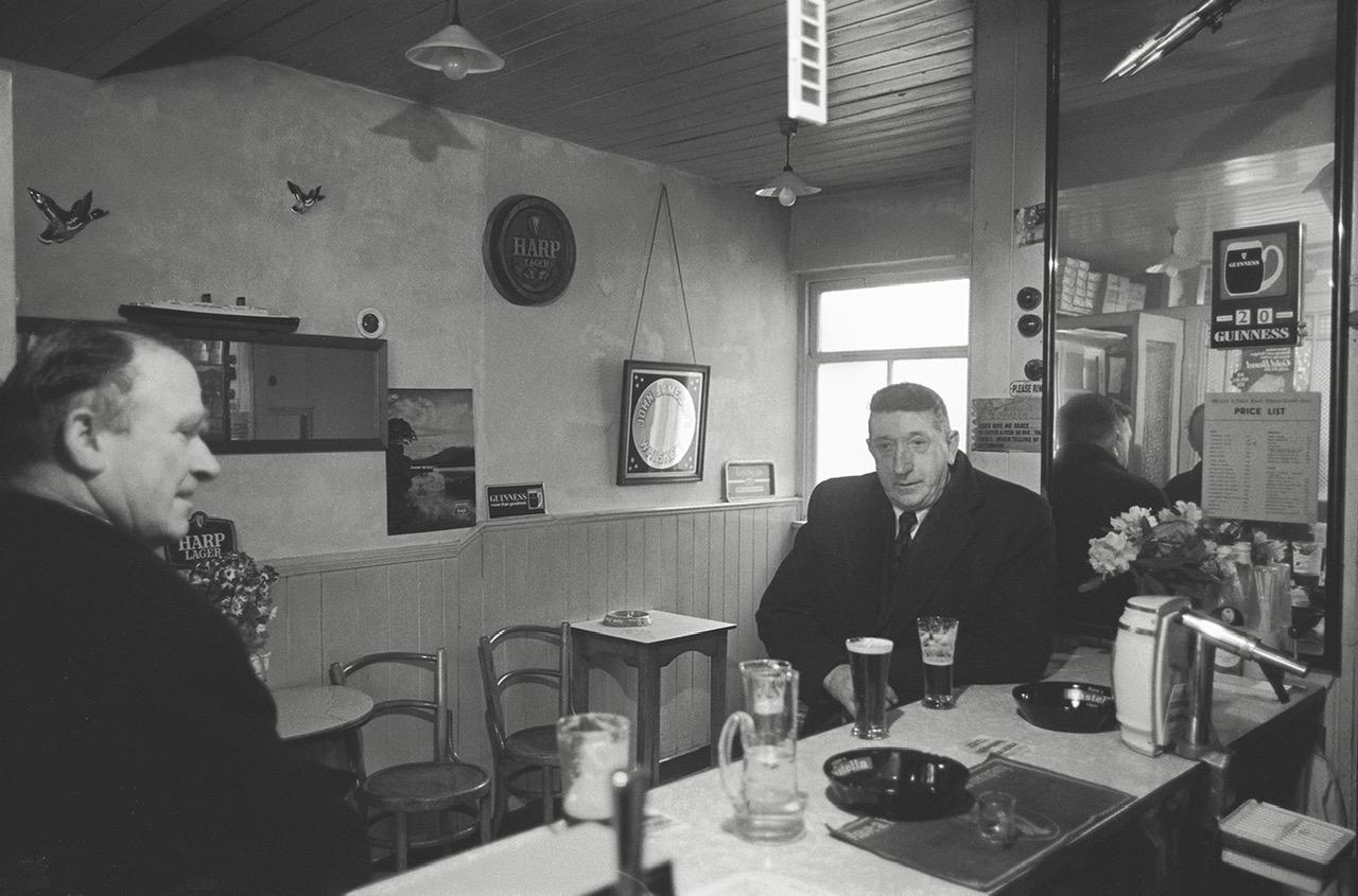 Pub Store, Achill 1974 © Con Mönnich