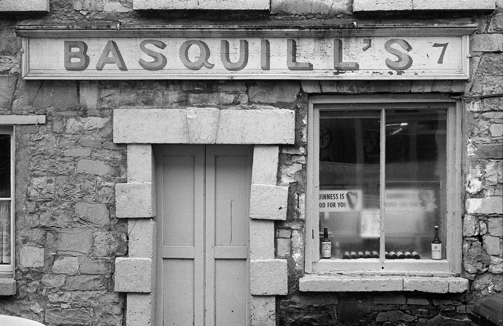 Castlebar Basquill Castle Str. Mayo 1974 by Con Mönnich